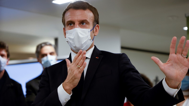 «Nous n'avons pas voté pour ça» : 33 personnalités interpellent Macron dans une tribune