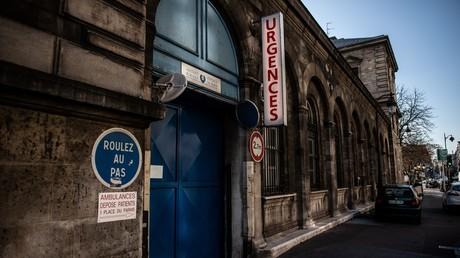 Entrée des urgences à l'hôpital de l'Hôtel-Dieu, le plus ancien de Paris (image d'illustration).