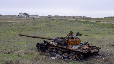 Carcasse de char au Haut-Karabagh