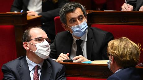 Jean Castex et Gérald Darmanin à l'Assemblée nationale, Paris, le 24 novembre (image d'illustration).