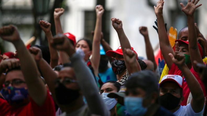 Venezuela : manifestation pro-Maduro à Caracas, l'opposition pro-Guaido manque son pari