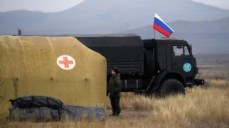 Un hôpital de campagne prêt à accueillir des patients, à Stepanakert