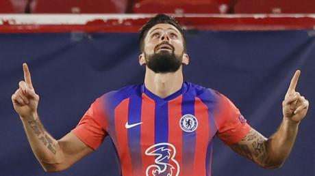 Olivier Giroud célèbre le second de ses quatre buts face à Séville en Ligue des Champions, le 2 décembre 2020 (image d'illustration).