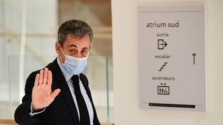 Nicolas Sarkozy arrivant au tribunal le 8 décembre 2020