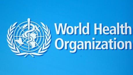 Le logo de l'OMS (Organisation mondiale de la Santé, ou World Health Organization - WHO), photographié à Genève (Suisse) en juin 2020 (image d'illustration).