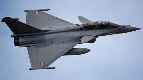 Avion de chasse rafale sur la base aérienne d'Evreux-Fauville (Eure), France (image d'illustration).