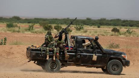Soldats nigériens sur un pick-up en octobre 2019 (image d'illustration).