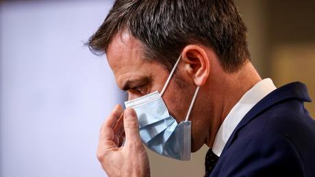 Le ministre français de la Santé Olivier Véran, lors d'une conférence de presse sur l'épidémie de Covid-19, à Paris, le 10 décembre 2020 (image d'illustration).