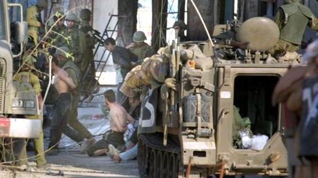 Cliché pris à Jénine (Cisjordanie) le 10 avril 2002 (image d'illustration).