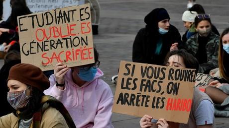 Des étudiants manifestent le 21janvier 2021 à Toulouse pour la réouverture des universités fermées à cause du Covid-19 (image d'illustration).