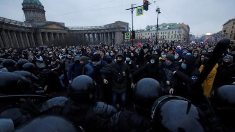 Manifestation en soutien à Navalny, le 23 janvier à Saint-Petersbourg.