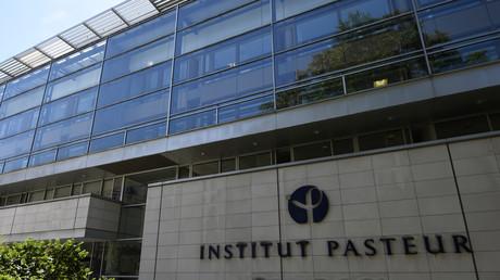 La façade de l'Institut Pasteur à Paris