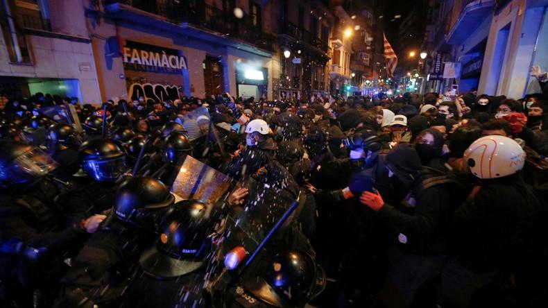 Rappeur emprisonné : cinquième soirée d'affrontements entre police et manifestants à Barcelone