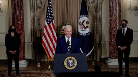 Le Président américain, Joe Biden, s'exprime sur la politique étrangère des Etats-Unis le 4 février 2021 au Département d'Etat situé Washington.