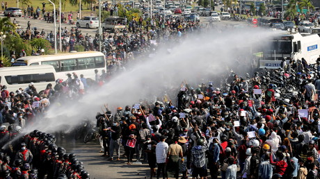 Manifestation à Naypyidaw, capitale de la Birmanie, le 7 février.