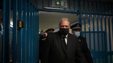 Le ministre de la Justice Eric Dupond-Moretti visite la prison de Saint-Maur le 1er février 2021