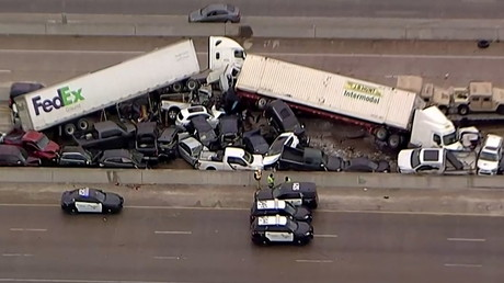 Une photo d'une partie du carambolage sur la route I-35, à Fort Worth, au Texas, le 11 février 2021.