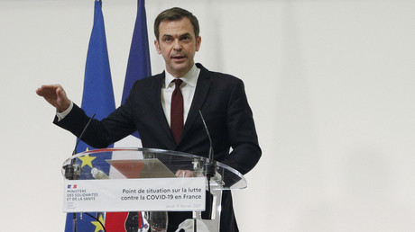 Le ministre de la Santé, Olivier Véran, à l'occasion d'un point presse tenu le 11 février à Paris.