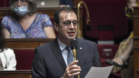 François Jolivet à l'Assemblée nationale lors d'une séance de questions au gouvernement, le 28 juillet 2020 (image d'illustration).