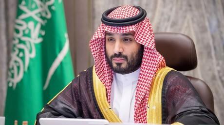 Le prince héritier d'Arabie saoudite, Mohammed ben Salmane, participe à une visioconférence sur le budget de son pays, le 15 décembre 2020 à Riyad, Arabie saoudite (image d'illustration).
