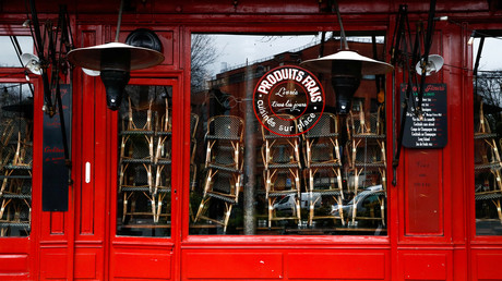 Restaurant parisien fermé pour cause de crise sanitaire (image d'illustration).