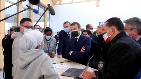 Emmanuel Macron le 1er mars 2021 à Stains (Seine-Saint-Denis) (image d'illustration).