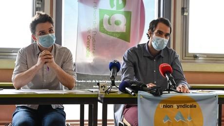 Les représentants de l'Union syndicale et de l'Union des Etudiants de Sciences Po Grenoble en conférence de presse le 9 mars.