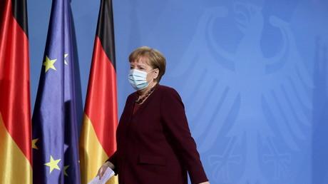 Angela Merkel lors d'une conférence de presse à la Chancellerie allemande le 19 mars 2021