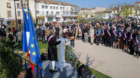 Une centaine de personnes étaient présentes à Romans-sur-Isère (Drôme), le 3 avril.