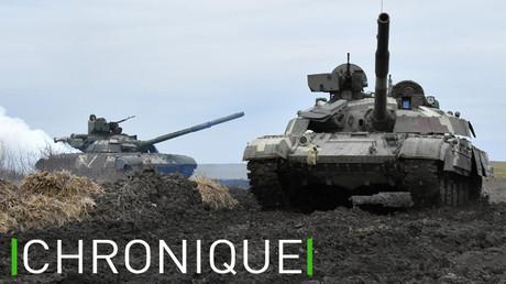 Les forces ukrainiennes menant des exercices près de la Crimée, le 14 avril 2021.
