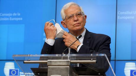Le chef de la diplomatie européenne, Josep Borrell, à l'issue d'une réunion avec les ministres européens des Affaires étrangères à Bruxelles le 19 avril 2020.