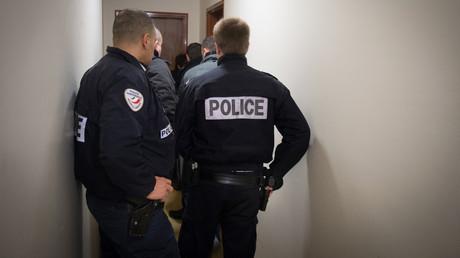 Des policiers de l'Ocriest à Viry-Châtillon, le 3 mars 2014 (image d'illustration).