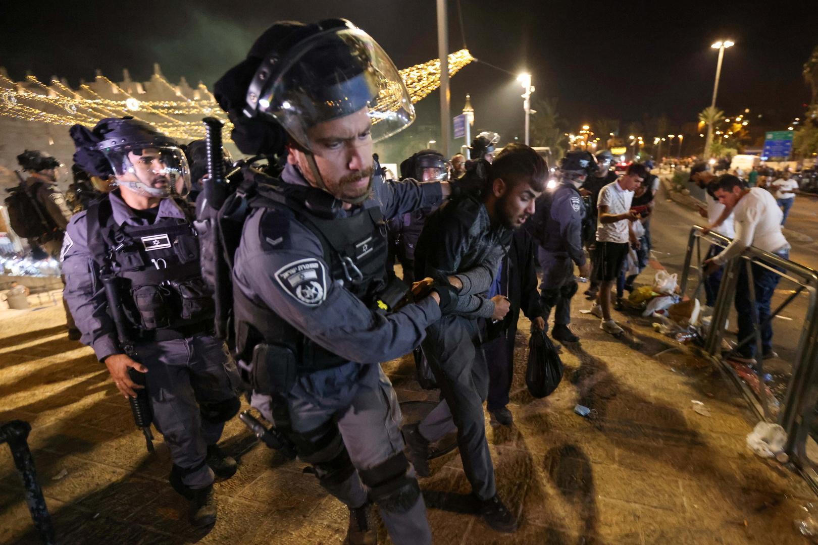 Jérusalem : plus de 90 blessés dans de nouveaux heurts entre policiers israéliens et Palestiniens