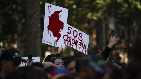 Des citoyens colombiens manifestent contre le gouvernement du président Ivan Duque à Barcelone, le 5 mai 2021. (image d'illustration)