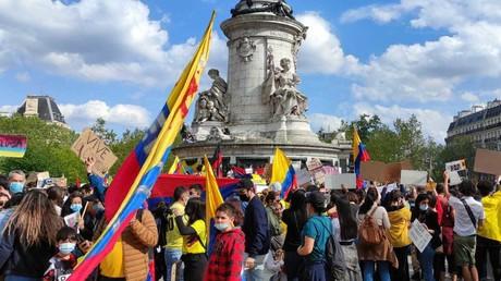 Manifestation de solidarité avec le peuple colombien, place de la République à Paris, le 8 mai 2021.