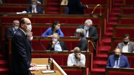 Le Premier ministre Jean Castex à la tribune de l'Assemblée nationale le 1er avril 2021.