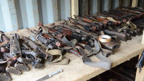 Des armes saisies par des soldats français en Centrafrique photographiées avant d'être détruites (image d'illustration).