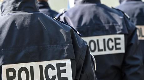 Des policiers ont été pris à partie dans la Loire (image d'illustration).