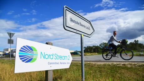 Panneau indicateur à proximité du terminal gazier de Nord Stream2 à Lubmin, dans le nord de l'Allemagne (illustration).