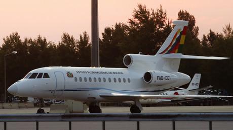 L'avion du président bolivien Evo Morales lors d'une escale forcée à Vienne le 3 juillet 2013.