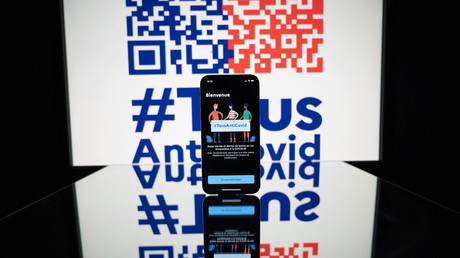 Un téléphone avec l'application TousAntiCovid installée le 28 octobre 2020 à Toulouse.