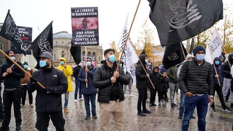 Des militants de Hizb ut-Tahrir manifestent devant l'ambassade de France à Copenhague (Danemark), le 30 octobre 2020 (image d'illustration).