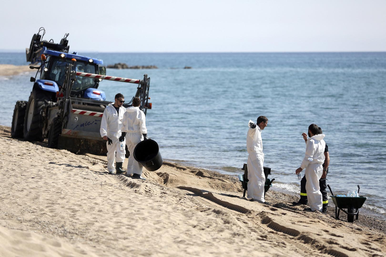 Pollution au large de la Corse : des résidus d'hydrocarbures atteignent la côte