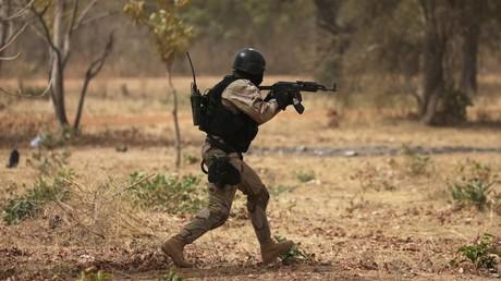 Un soldat burkinabè participe à un exercice à Ouagadougou en février 2019 (image d'illustration).