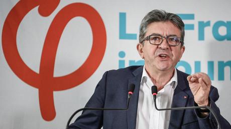 Jean-Luc Melenchon prend la parole lors d'une conférence de presse le 19 octobre 2018 à Paris.