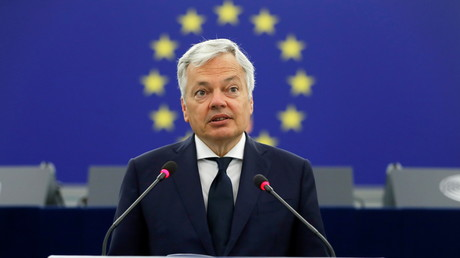 Le commissaire européen à la justice Didier Reynders au Parlement européen à Strasbourg, le 8 juin 2021 (image d'illustration).