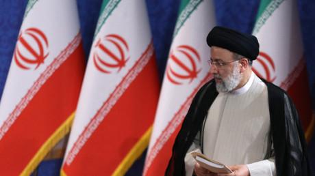 Le président iranien élu Ebrahim Raïssi lors de sa première conférence de presse à Téhéran, le 21 juin 2021.