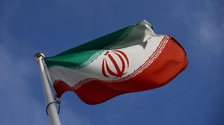 Le drapeau iranien devant le siège de l'Agence internationale de l'énergie atomique à Vienne, le 1er mars 2021 (image d'illustration).