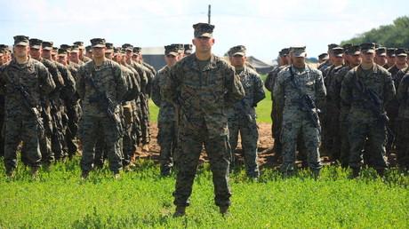 Des militaires américains du corps des Marines lors de la cérémonie d'ouverture des exercices Sea Breeze 2021 dans la région de Kherson en Ukraine le 28 juin 2021.