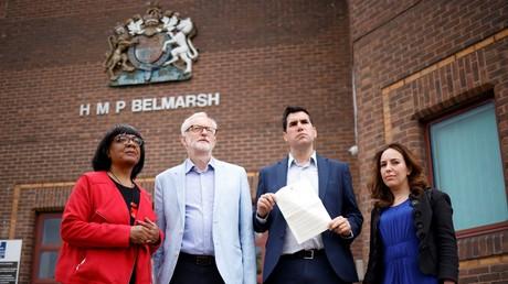Des parlementaires britanniques, italiens et australiens se mobilisent pour Julian Assange